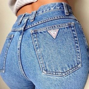 VINTAGE GUESS MOM JEANS SIZE 30